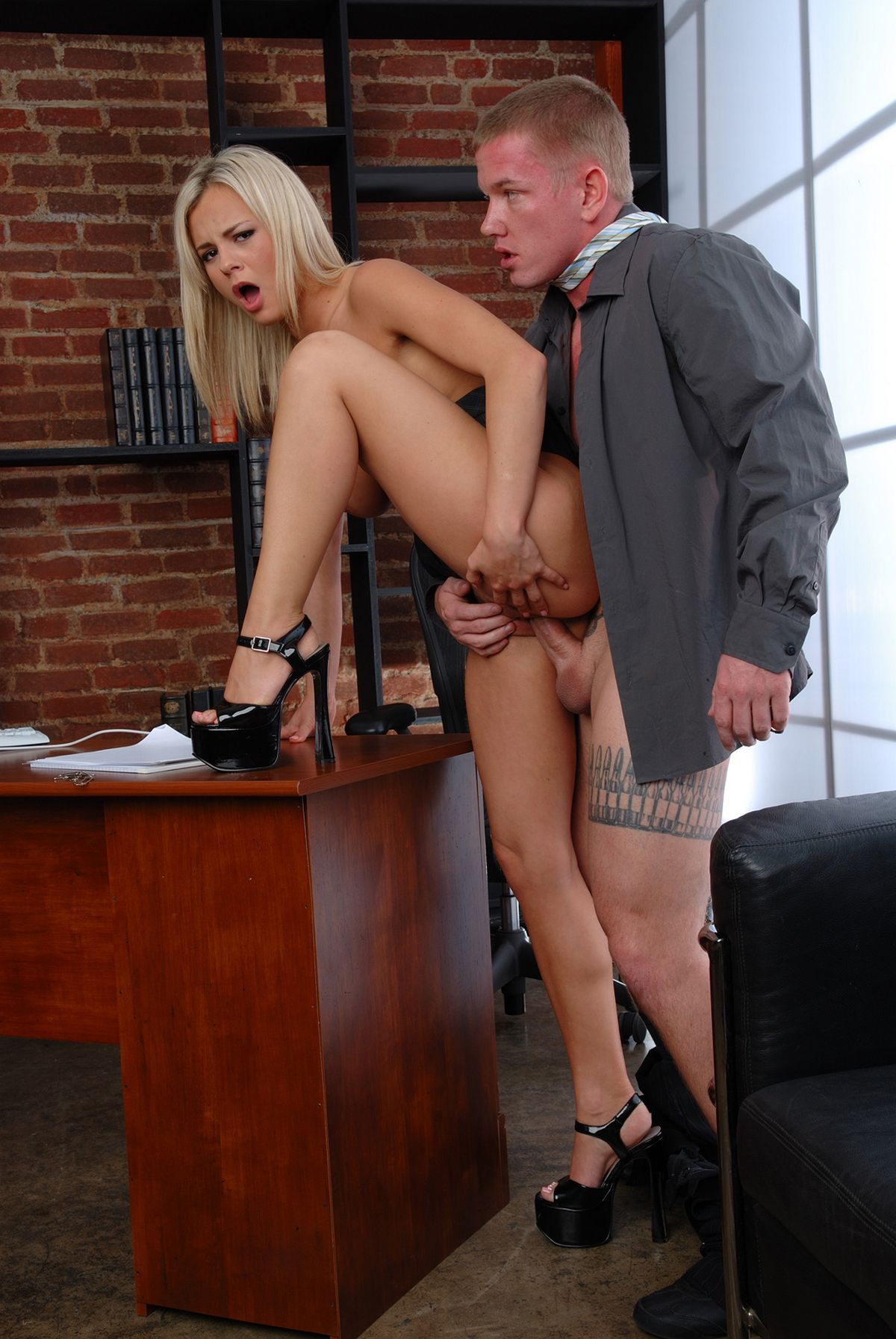 sex-at-work videos - XVIDEOSCOM